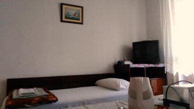 Guest rooms Chayka