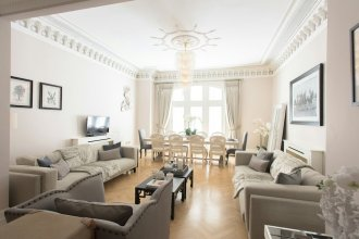 The Luxe Whitehall Duplex Apartment By H House