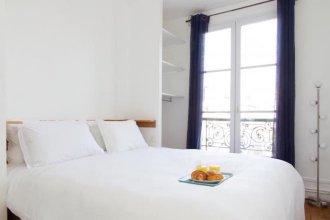 Marais - Place des Vosges Apartment