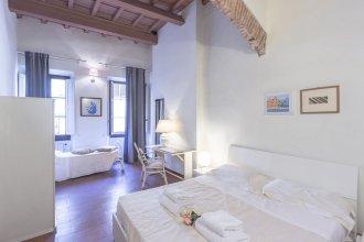Uffizi Apartment