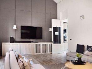 Gunner apartment