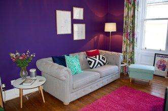 1 Bedroom Flat With Trendy Decor