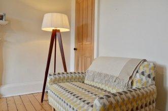 Modern 2 Bedroom Apartment In Edinburgh