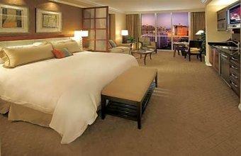 Junior suite 18th floor at The Signature MGM