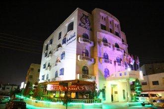 Acacia Hotel & Suites