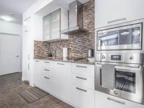 Atlantis Suites Toronto Furnished Apartment on York Street