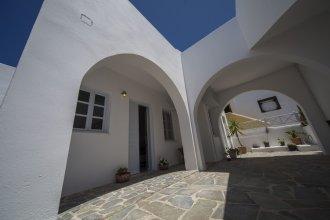 Ianthe Apartments & Villa