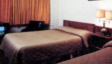 verona hotel (shared bath)