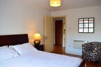 1 Bedroom Flat Near Grand Canal