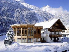 Modern Apartment in Längenfeld Near Ski Area