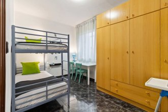 Cozy 3bed Flat With Balcony Close to Plaza España!