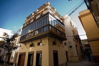 At Apartamentos Y Vtv Conde De Torrejon 10