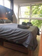 3-bed Flat w/ 2 Terraces in Hackney, East London!