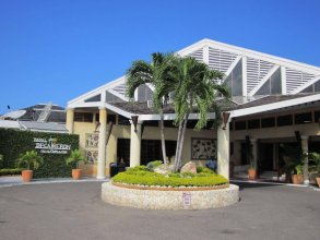 Royal Decameron Club Caribbean – All Inclusive