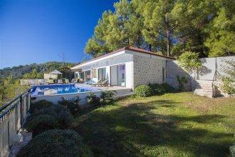 Villa Islamlar House by Akdenizvillam