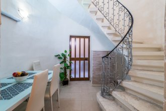 Traditional Maltese Townhouse