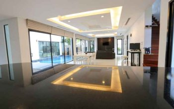 Villa 123 @Phuket Town