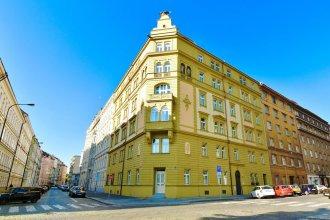 Terra Bohemia Apartment