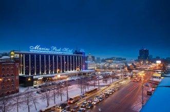 Отель Максим