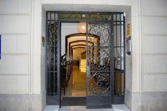 Mercedes Heritage Barcelona Apartments