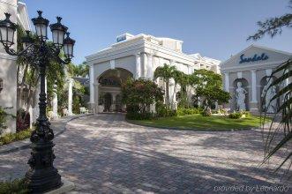 Sandals Royal Bahamian All Inclusive Resort