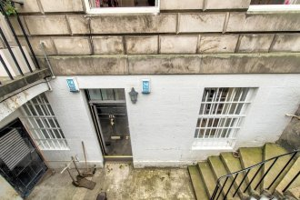 GuestReady Apartment in West End