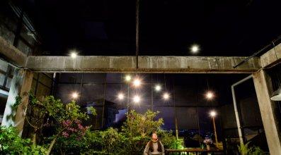 Yolo Hostel N Bar