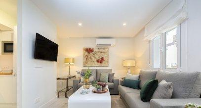 2 Bedroom & 2 Bathroom Apartment Near La Maestranza. Velarde II