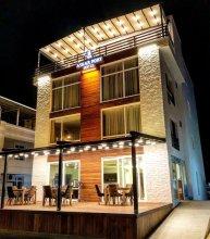 Askar Port Hotel
