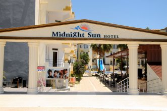 Midnight Sun Hotel