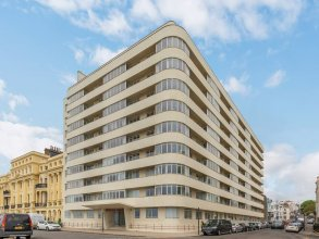 Deco Seafront - Seafront Apartment