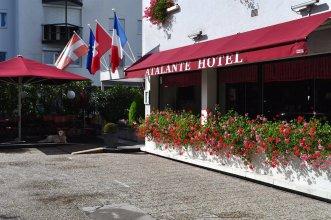 Atalante Hotel