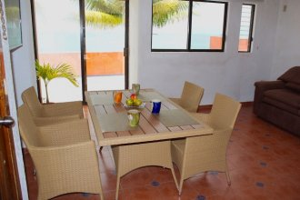 Calmed Beach Front Unit, AC, Wifi