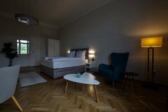 EuroPest Luxury Suites by Hi5 Apartments