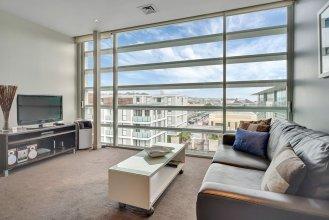 QV Get Away Viaduct Apartment - 945