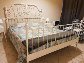 Casa Bella Marconi is an Apartment of 34 Square Meters. Clean, Bright, in the Heart of the City