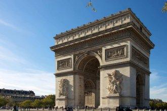 Cosy and Bright 1BR Flat Near Arc de Triomphe!