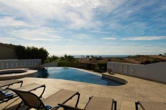 Family Vacation Villa That Fits 18: Villa del Corazon