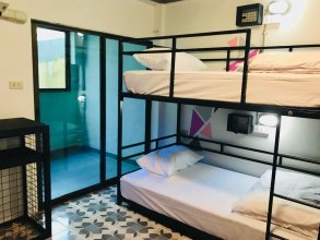 Bodega Phuket Party Hostel - Adults Only