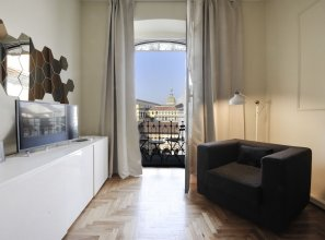 At Home Heart of Milan - Design Duomo Apartment