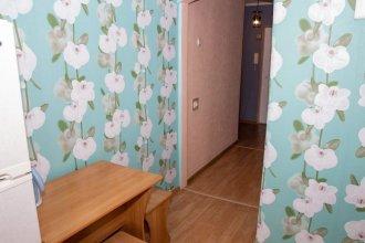 Apartment on Posyetskaya 16
