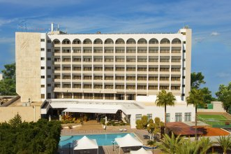 Отель Ajax