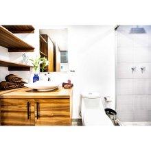 Brand New 1BDRM Private Patio Apartment 5 Stars