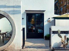 Wuer Space Design Art Hotel