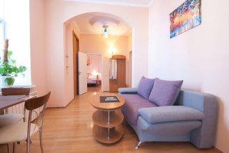 Home-Hotel Bolshaya Zhitomirskaya 6-A