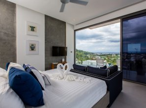 5-Bedroom Villa MOMO with Private Pool