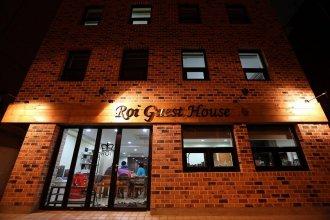 Roi House