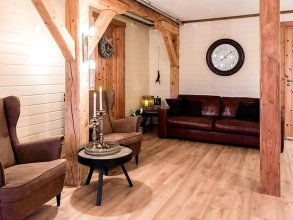 10 Person Holiday Home in Midsund