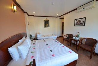 Hoang Ngoc Hotel 2