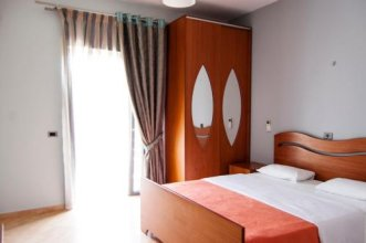 Hotel Dhima
